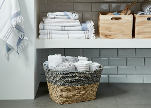 Bath towel KARLSTAD light grey