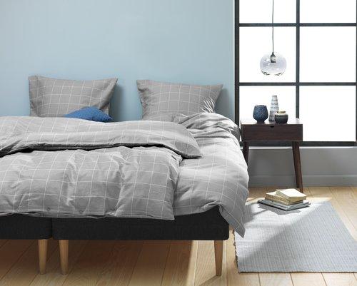 Спално бельо с чаршаф THERESA бархет DBL