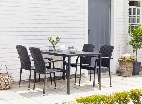 Chaise empilable HALDBJERG noir