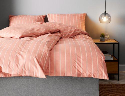 Спално бельо с чаршаф SARA DBL